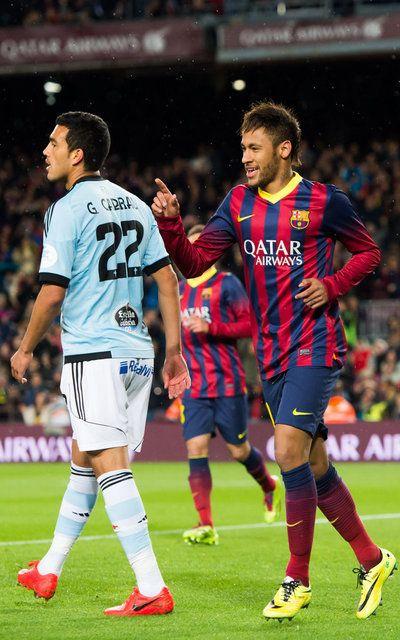 Neymar Santos Jr celebra su gol