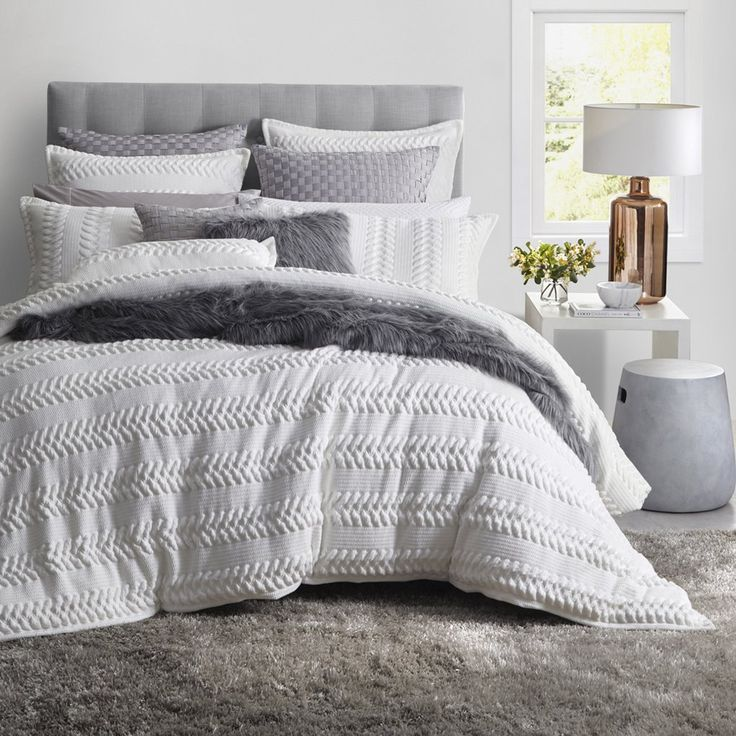 Embrace natural tones with the Lizette Quilt Cover Set! The elegant design features a stunning textured stripe pattern in a dreamy latte colour. This quilt cover set is the perfect addition to any chic, minimalistic bedroom.