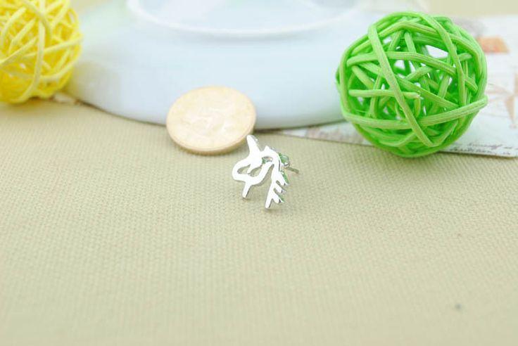 Lay Earring - Rp 30.000 (1 pair)