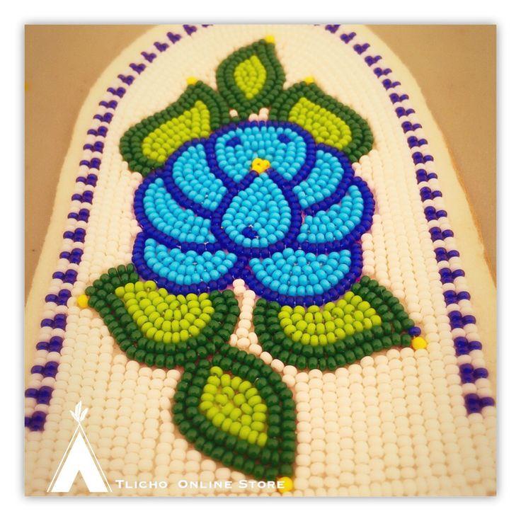 #Beadwork Monday! Beautiful flower pattern made in #Whati, NT! #Tlicho territory