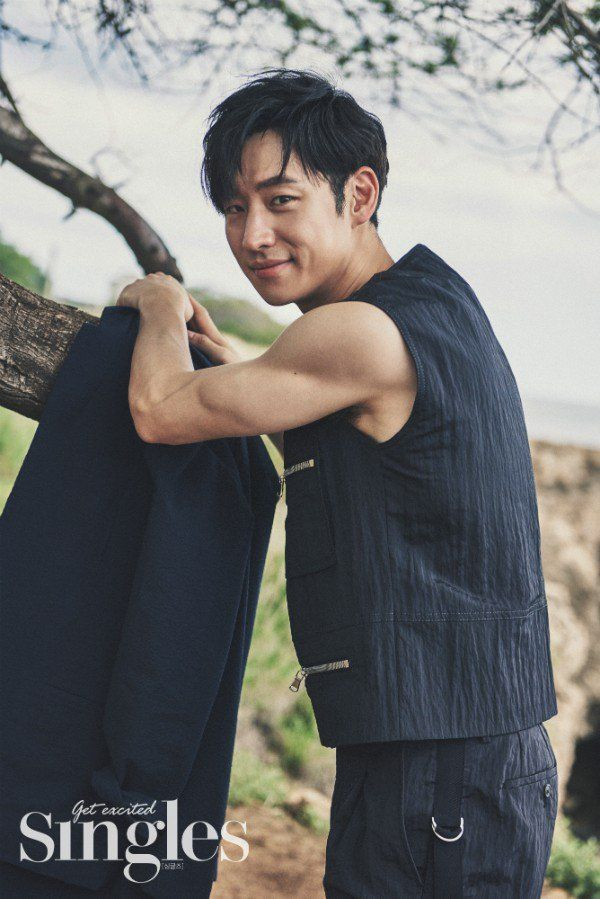 Lee Je-hoon opened up about his ideal type and single life | Koogle TV