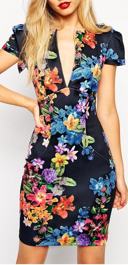 floral dress #vestido #tubinho #estampa #flores #manga #decote