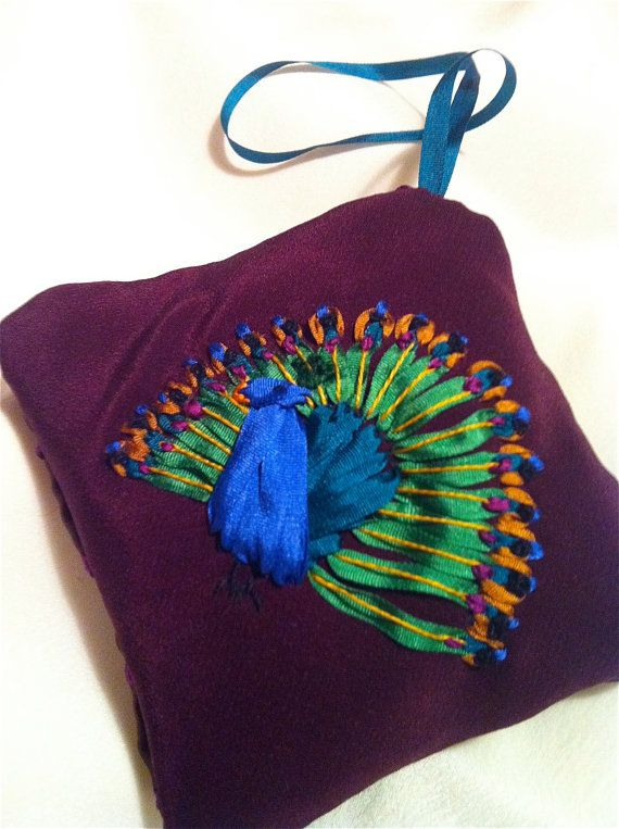 Peacock in silk ribbon