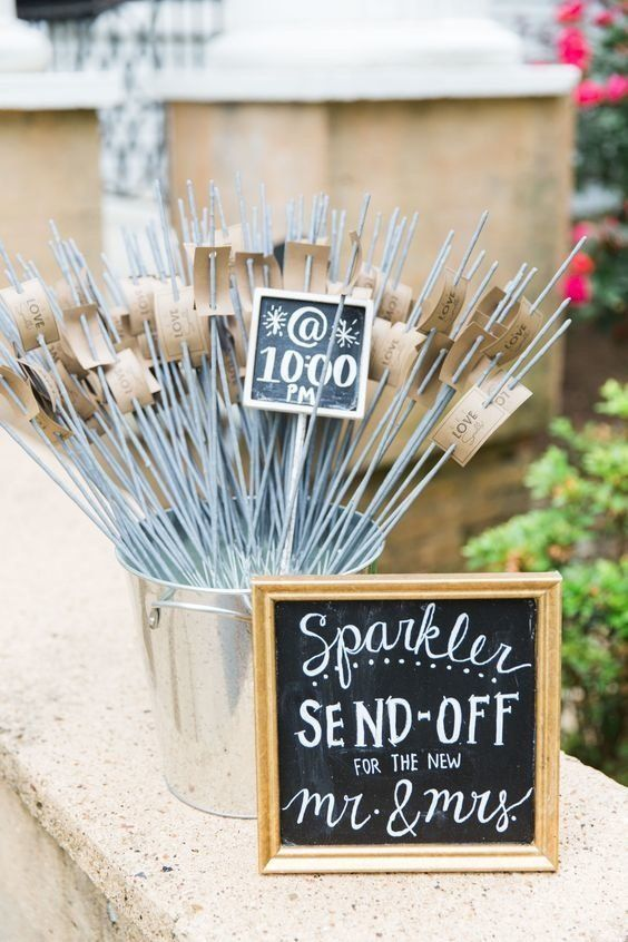 I Will Without A Doubt Have These 11 Pinterest Ideas At My Wedding Reception