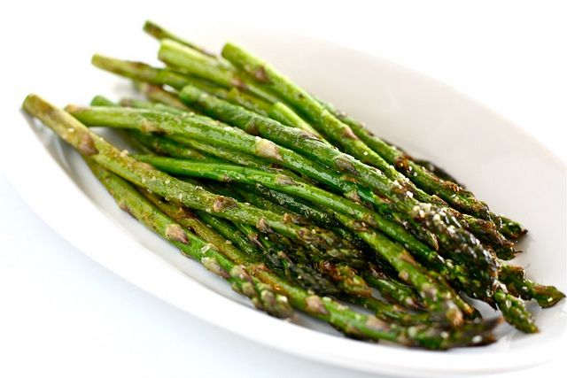 Grilled asparagus....super easy | recipes | Pinterest