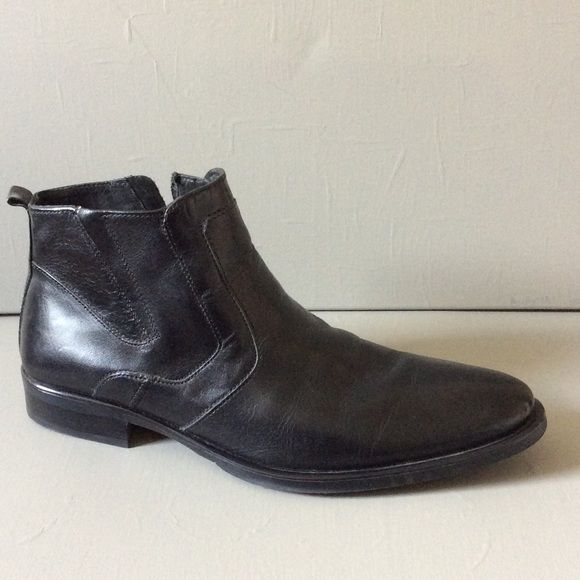 Men's leather ankle boot Barely worn. Excellent condition. Leather upper. Man made sole. Zip inside. Alfani Shoes Ankle Boots & Booties