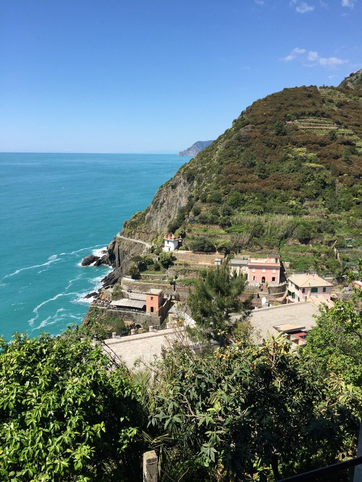 Sunny Cinque Terre in Italy with the family. #familytravel #cinqueterre #italy #motheringmatters #familyholiday #Fathering