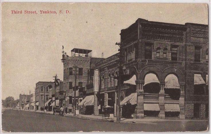 Yankton, South Dakota Postcard Third Street Downtown Scene w/ 1919 SD Cancel
