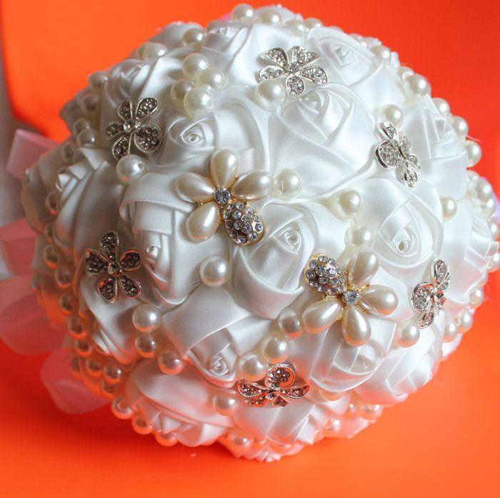 送料無料新カスタム受け入れるパールダイヤモンド装飾的なリボンブーケの花白い絹の花をバラ水晶の結婚式の花束