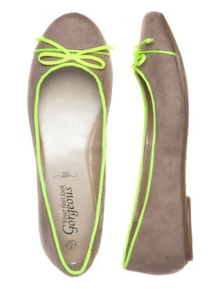 Brown Ballet Pumps with Neon Trim.  Feeling these...