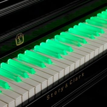 Green illuminated piano keys. #music #piano http://www.pinterest.com/TheHitman14/music-in-picture-%2B/
