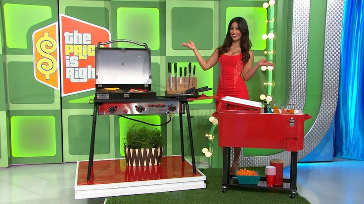 Throw a tailgate with this new outdoor cooking equipment. Cook outdoors come game day On this portable gas grill, which features 3 powerful 30,000 btu burners. 1 flat top griddle, 9 piece professional knife set, and spatula set included .From Camp Chef.