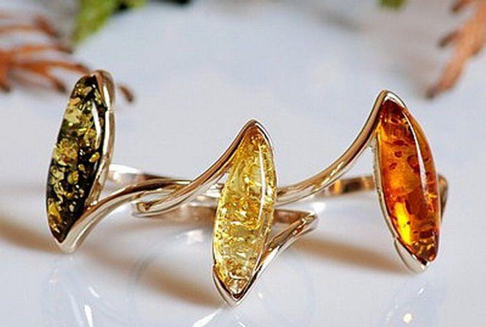 Ювелирные изделия из янтаря.