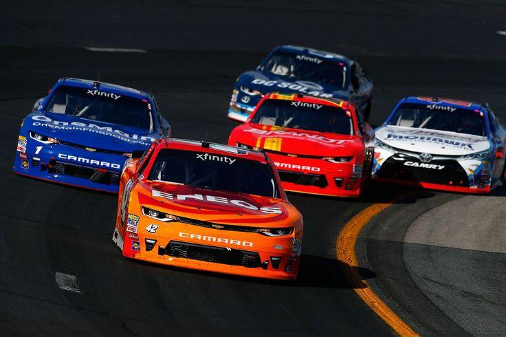 NASCAR, considerando además la restricción de la Copa de los conductores de la competencia en la Xfinity Series de carreras