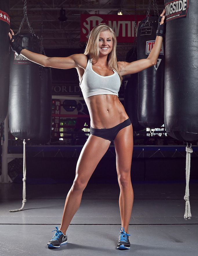 Brittany Tacy Gallery – The Best 26 Pics Of This Ripped Fitness Model! – TrimmedandToned