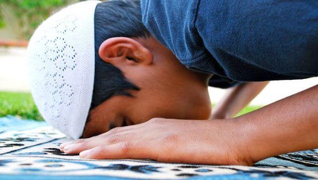 Bacalah..!! 3 Doa Ini Saat Sujud Terakhir Dalam Sholatmu  http://www.faktapedia.net/2017/03/3-doa-ini-saat-sujud-terakhir-dalam-sholatmu.html