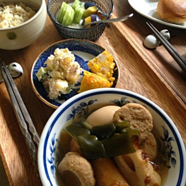 昨日のおでんパーティーの残り物w - 11件のもぐもぐ - サンマごはん、コーン揚げ・ポテトサラダ、おでん、プルーン・キウィ&ヨーグルト by schenklu