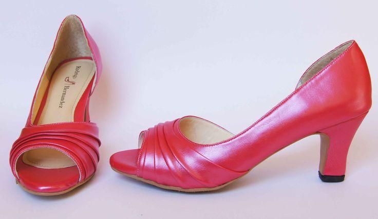 Zapatos de Novia, Rodrigo Hernández Color Fiusha con Aplicación Pliegues