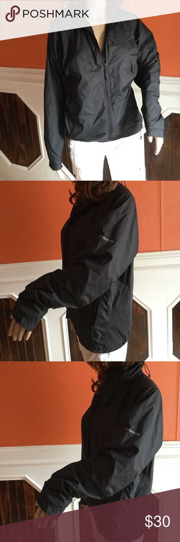 Columbia titanium sportswear company jacket Great condition Columbia Jackets & Coats