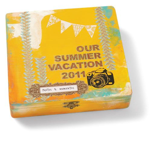 "5 ideas for summer mini albums    ""Our Summer Vacation 2011"" mini album by Mou Saha for Creating Keepsakes magazine.    #scrapbook #scrapbooking #creatingkeepsakes"