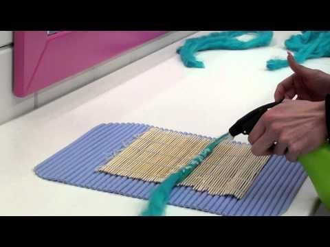 ▶ Wool dreads - Tutorial - How to make dreadlocks from wool - Dreadlockshop - YouTube