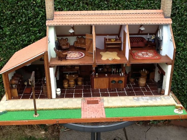 "For Sale - HAND MADE TRADITIONAL ENGLISH COUNTRY PUB 12th scale...""NOW SOLD"" - The Dolls House Exchange"