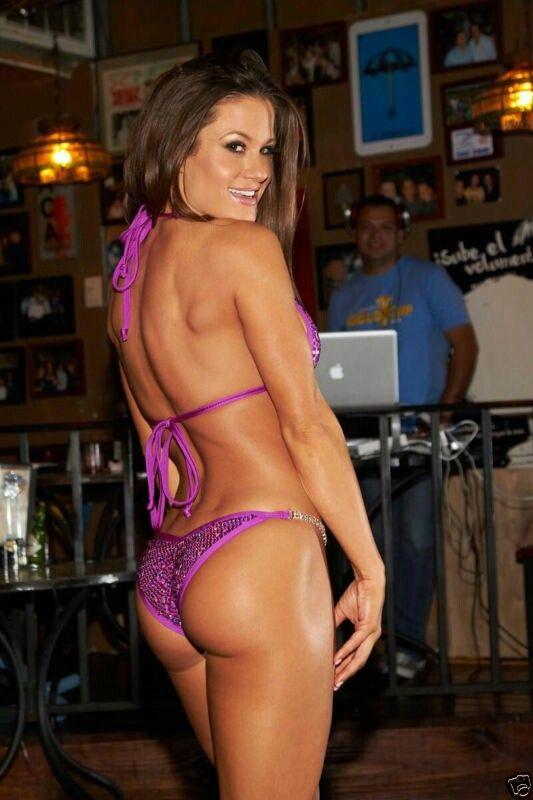 Brooke Adams TNA Knockout has the best Butt!