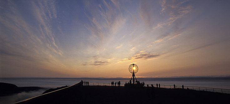 The midnight sun at the North Cape, Norway - Photo: Trym Ivar Bergsmo/www.nordnorge.com
