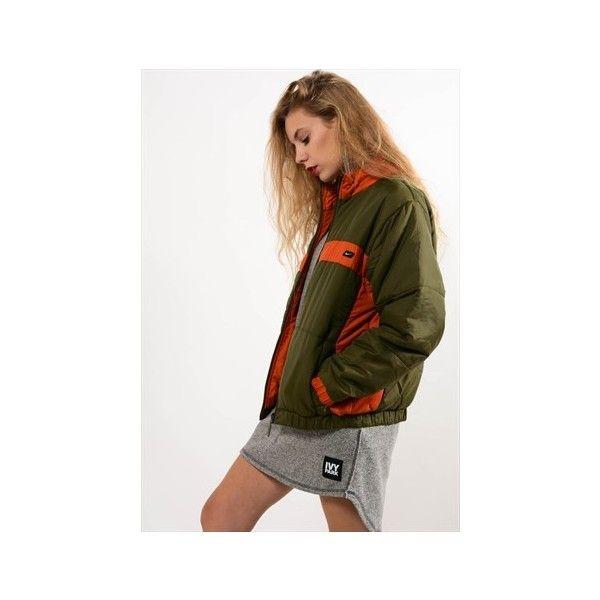 Retro Reversible Nike Coat (1,045 MXN) ❤ liked on Polyvore featuring outerwear, coats, white coat, double faced coat, nike coat, leather-sleeve coats and nike