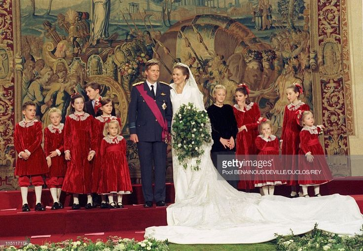 Prince Philippe of Belgium and Mathilde d'Udekem wedding in Brussels, Belgium on December 13, 1999.  (Photo by Pool BENAINOUS/DEVILLE/DUCLOS/REY/Gamma-Rapho via Getty Images)