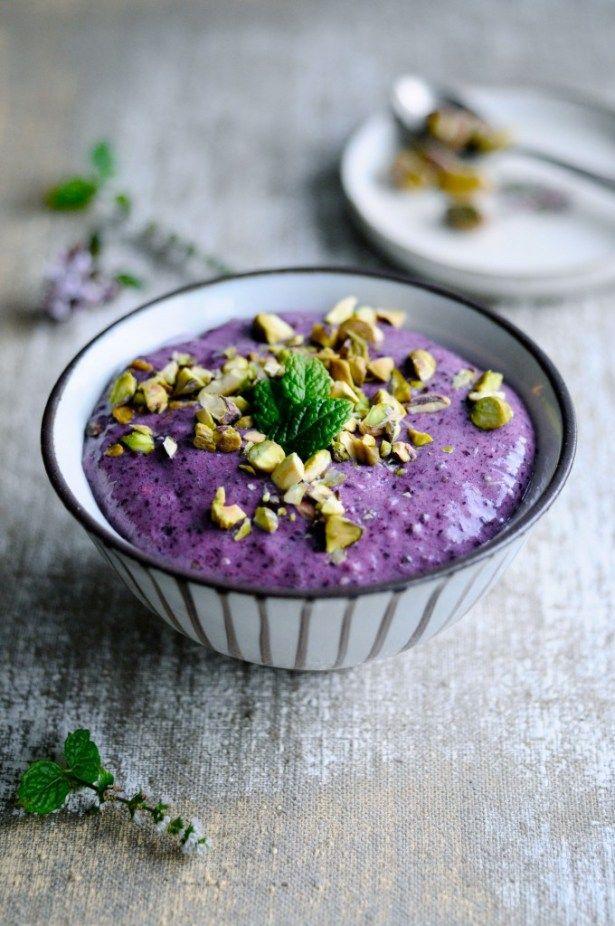 Leder du efter en sund morgenmad med chiafrø, så er denne opskrift det sunde og lækre valg. En sund morgenmad med chiafrø fyldt med smag og naturlig sødme.