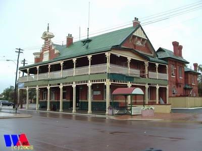 Moora Hotel http://www.wanowandthen.com/moora.html