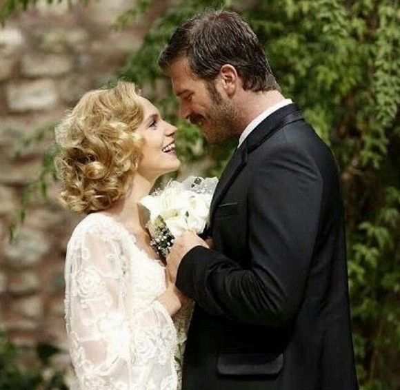 Kıvanç Tatlıtuğ as Kurt Seyit Eminof and Farah Zeynep Abdullah as Sura in the Turkish TV series KURT SEYIT VE SURA, 2014. This complete series is on NETFLIX streaming with English subtitles.