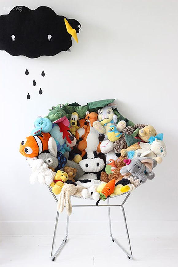 Don't know what to do with old plushes? Recycle into a super fun chair