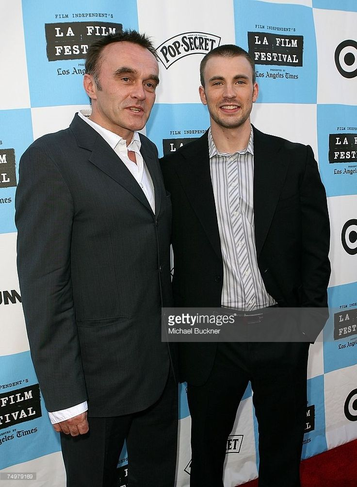 Director Danny Boyle (L) and actor Chris Evans arrive at the Los Angeles Film Festival Closing Night Screening of 'Sunshine' at the Wadsworth Theater on July 1, 2007 in Los Angeles, California.