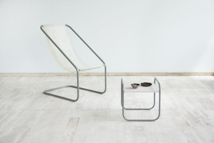 Turning Seaweed into Furniture: Clean Design From Sustainable Ocean Materials: A look at Nienke Hoogvliet's Sea Me Collection - Core77