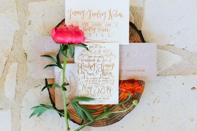 Trouwkaarten trend 3: Letterype & Kalligrafie #bruiloft #trouwen #trends #trouwkaart #2015 #wedding Ontdek alle trouwkaarten trends 2015 op ThePerfectWedding.nl | Credit: Haley Rynn Ringo