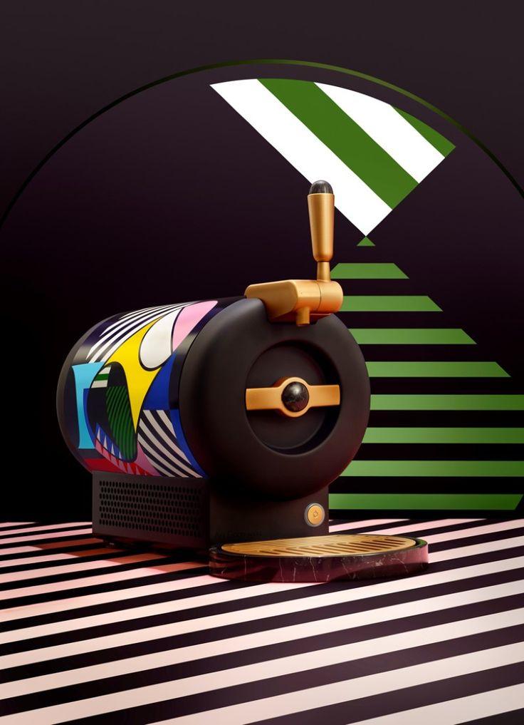À l'occasion des fêtes de fn d'année, Heineken revisite sa collection de machines à bière pression à domicile avec le duo d'artistes berlinois, Stills & Strokes.