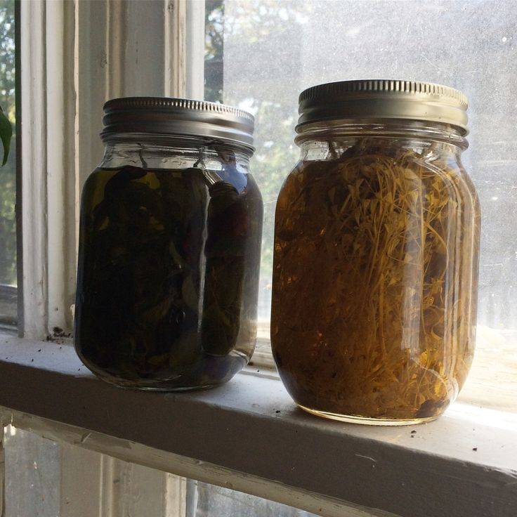 Back in the spring, I posted a few pics to the social medias about how I was making infused oils (dandelion and shepherd's purse, at the time) and got a lot of questions about my method becau…