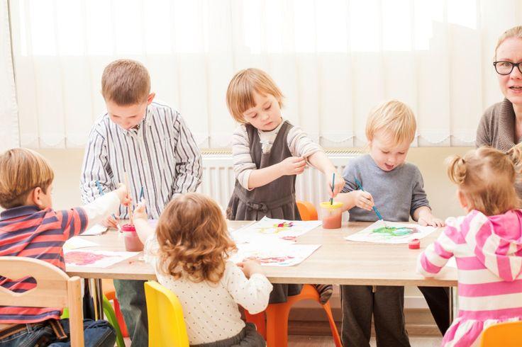 Découvrez l'importance de la planification et de la conception d'activités pour les professionnels d'éducation à l'enfance.