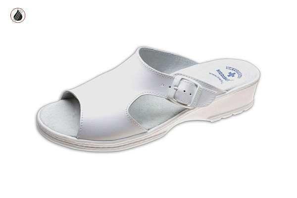 klumpa 05T fehér, méret:35-41, ISO20347 OB (csak kereskedőknek,előrendelésre kapható)