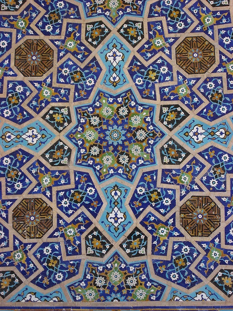 Tile detail, Jameh Mosque, Esfahan, Iran