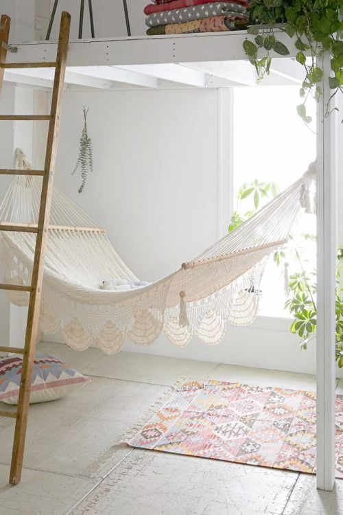 Best 25 bedroom hammock ideas on pinterest for Diy bedroom hammock