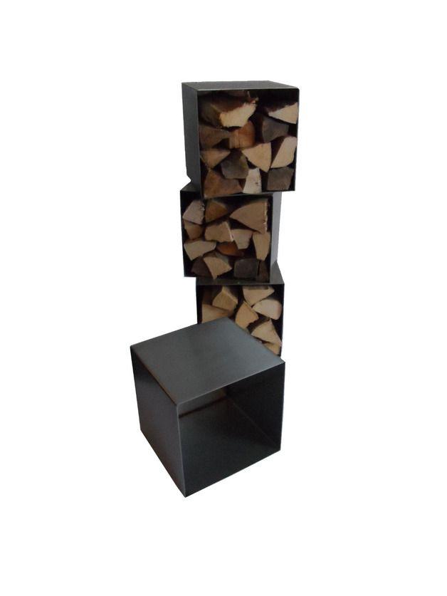 unser kaminholzregal ist ein echtes designerst ck neben jedem kamin es besteht aus 4. Black Bedroom Furniture Sets. Home Design Ideas