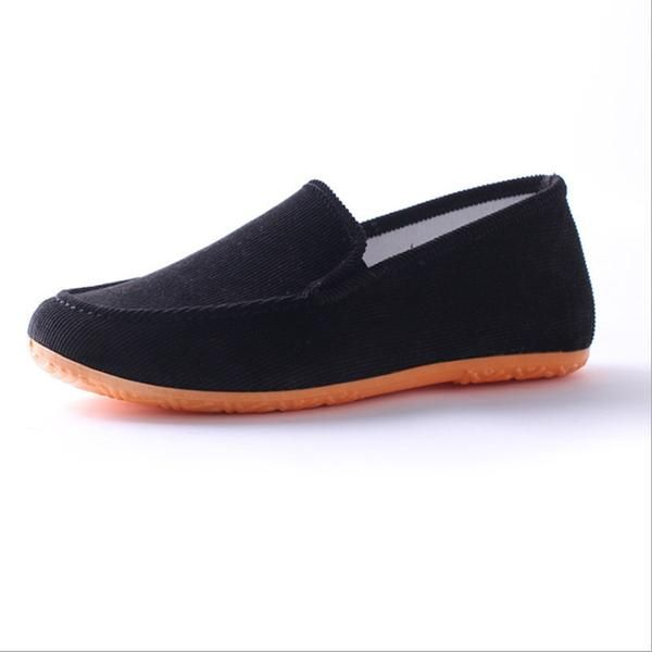 Men and women outdoor leisure mocassinos available in 9 awesome colors - Giftedly