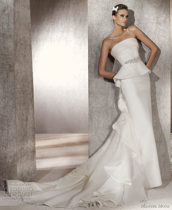 Puerto wedding dress by manuel mota for pronovias 2012 bridal collection