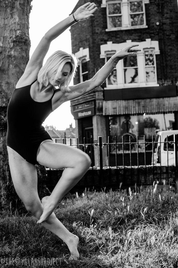 Dancing in Dalston Series Jilna Shukla http://www.thespyglassproject.com/gallery/8a4mg3hkr5jpba36a68nhp7fwkf9gt