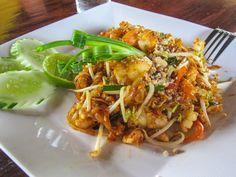 Leckeres Phad Thai - ganz einfach gemacht! Die traditionellen gebratenen thailändische Nudeln
