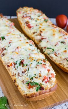 This easy loaded BLT Chicken Alfredo French Bread Pizza is ready in 20 minutes. Great dinner recipe for busy nights!