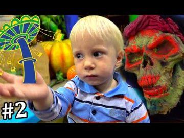 День #2 ГИГАНТСКИЙ ПАРК  http://video-kid.com/20318-den-2-gigantskii-park.html  День #2 Идем в Гигантский парк для детей с Американскими горками в торговом центре Развлекательное видео для детей и малышей от Миланы. Больше интересного Вконтакте:  Я в Инстаграм:  Подключайся сюда: *****Ставьте лайки! Подписывайтесь на канал Принцеса Милана:    Please Like, Subscribe to channel Princesa Milana***** Смотрите наши другие Плейлисты: ★ Открываем новые игрушки: Свинку пеппу, Замки принцесс…